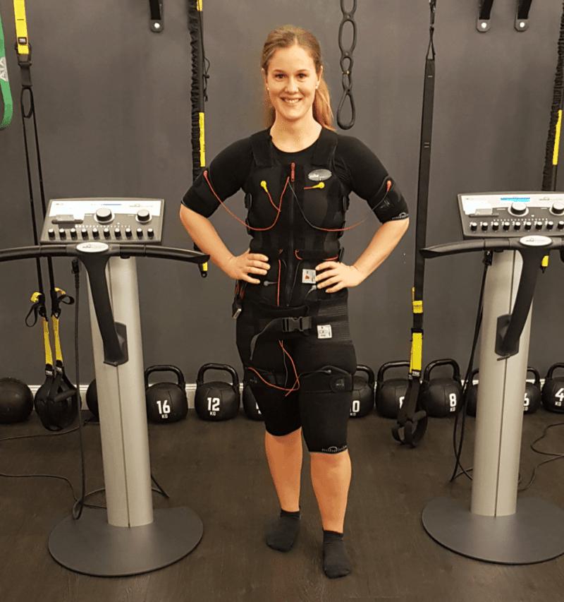 Ems-Training-für-ein-gutes-Gefühl-und-starken-Rücken-nie-wieder-Rückenschmerzen-mit-EMS-Trainig-von-JustFit