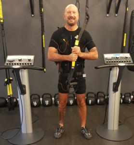 Günstiges-EMS-Training-Hamburg-Erfahrung-im-JustFit-Club