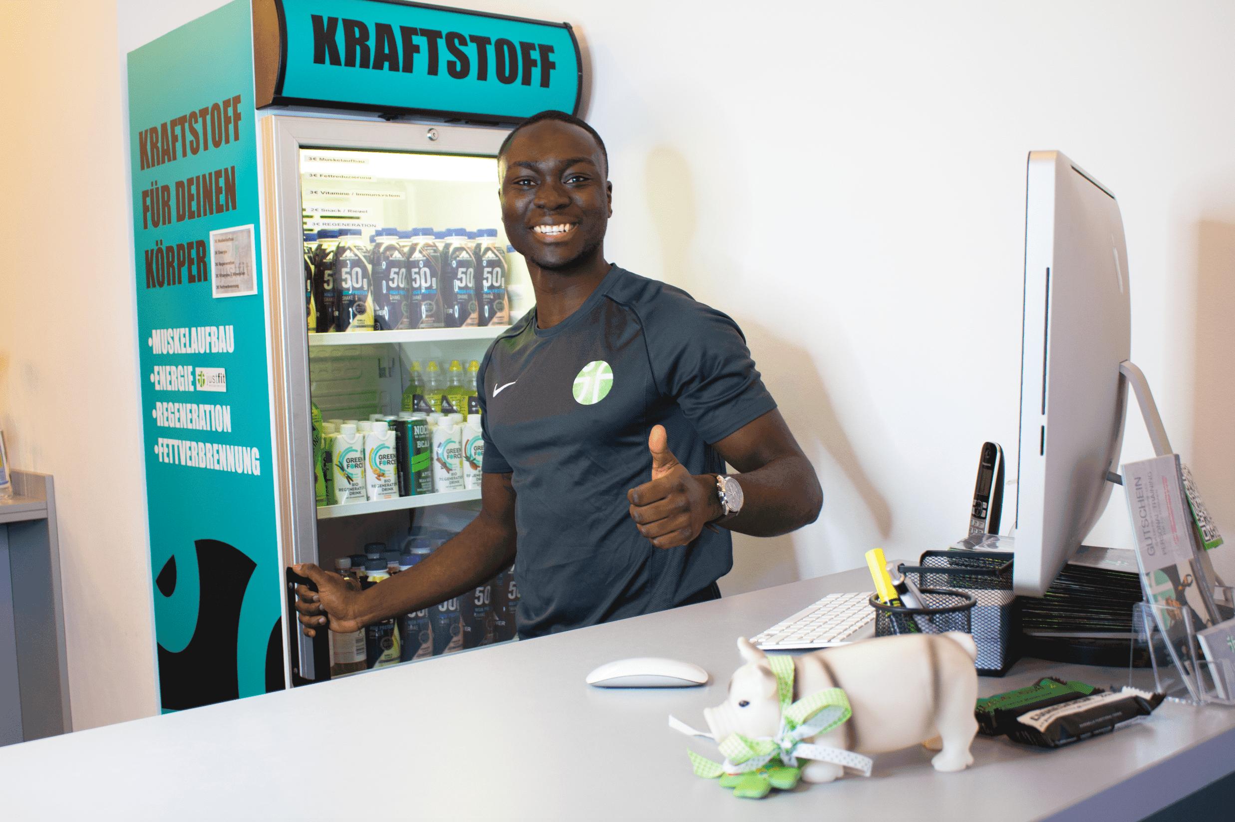 Justfit club Hamburg ems Training fitness studio mit strom hamburg schnell abnehmen